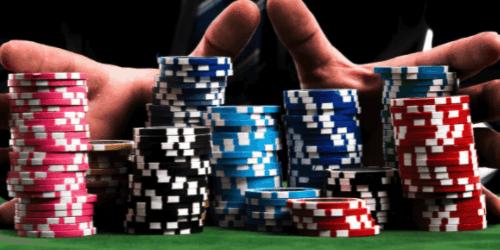 e suurin ero nettikasinoiden ja muunlaisen kasinotoiminnan välillä onkin se, että nettikasinoilla pelaat oman kotisi rauhassa ja sinulla on laajempi valikoima erilaisia pelejä, joista valita.